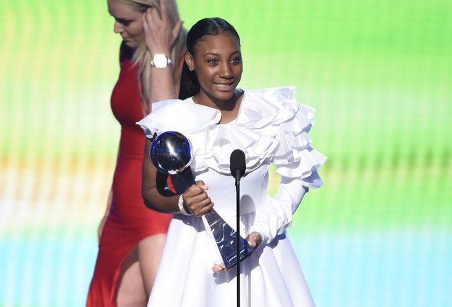 Little league player Mo'ne Davis accepts the award for best breakthrough athlete at the ESPY Awards at the Microsoft Theater on Wednesday, July 15, 2015, in Los Angeles. (Photo by Chris Pizzello/Invision/AP Photo)