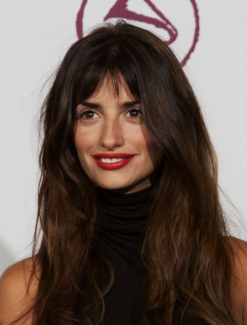Penelope Cruz at the 1st Annual Latin Grammy Awards broadcast on Wednesday, September 13, 2000 at the Staples Center in Los Angeles, CA., 2000. (Photo by Scott Gries/ImageDirect)