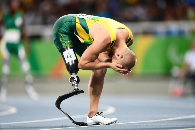 Australia's Scott Reardon reacts after winning the 100M during the Paralympic Games in Rio de Janeiro, Brazil on September 15, 2016. (Photo by Christophe Simon/AFP Photo)
