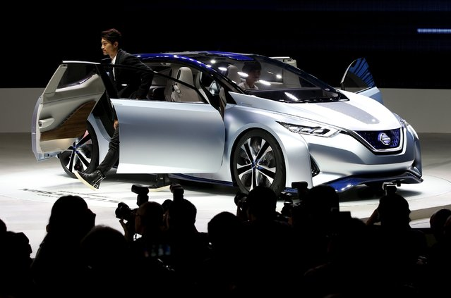The Nissan IDS concept car is seen during a presentation at the 44th Tokyo Motor Show in Tokyo, Japan, October 28, 2015. (Photo by Toru Hanai/Reuters)