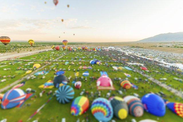 Balloon fiesta, New Mexico. (Photo by Richard Silver)