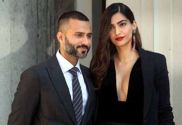 Anand Ahuja and Sonam Kapoor arrive for the Giorgio Armani women's 2019 Spring-Summer collection during the Milan Fashion Week, in Milan, Italy, 23 September 2018. (Photo by Matteo Bazzi/EPA/EFE)