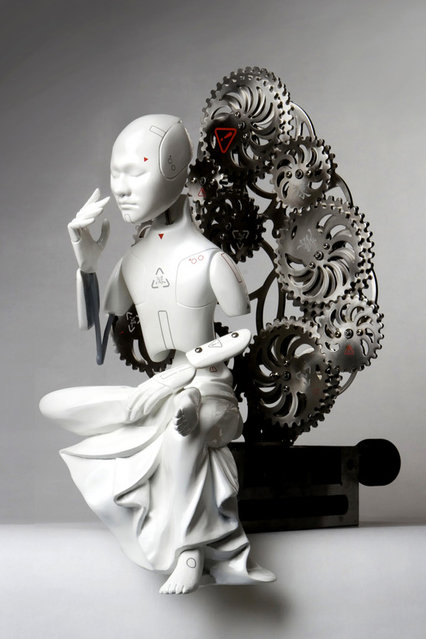 Wang Zi Won's Mechanical Buddhas