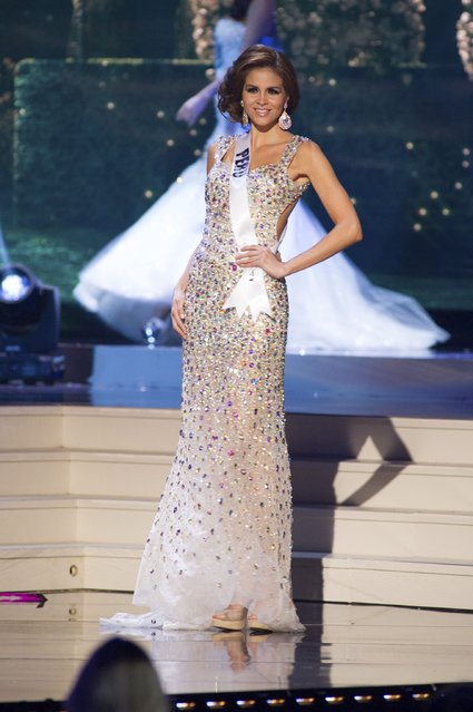 Jimena Espinosa, Miss Peru 2014 competes on stage in her evening gown during the Miss Universe Preliminary Show in Miami, Florida in this January 21, 2015 handout photo. (Photo by Reuters/Miss Universe Organization)
