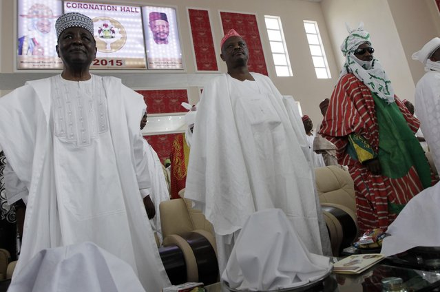New Emir of Kano Muhamadu Sanusi II (R) is pictured with former Head of State Yakubu Gowon (L) and Kano State Governor Rabiu Musa Kwakwamso during his coronation in Kano, Kano State, February 7, 2015. (Photo by Afolabi Sotunde/Reuters)