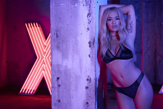 Rita Ora strips down to promote the new Tezenis lingerie range on December 7, 2016. The British singer, 26, shows off her curves in the latest campaign for the Italian brand. (Photo by Splash News/Tezenis)