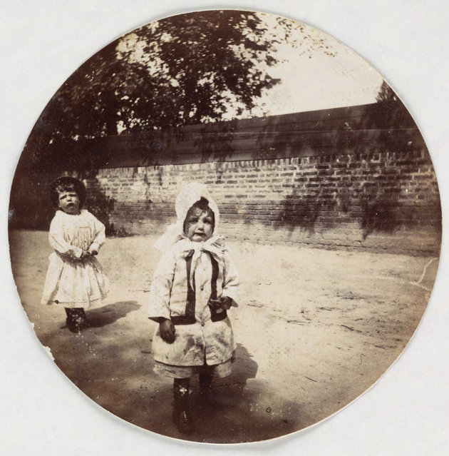 Two young girls, about 1890. (Photo by Collection of National Media Museum/Kodak Museum)