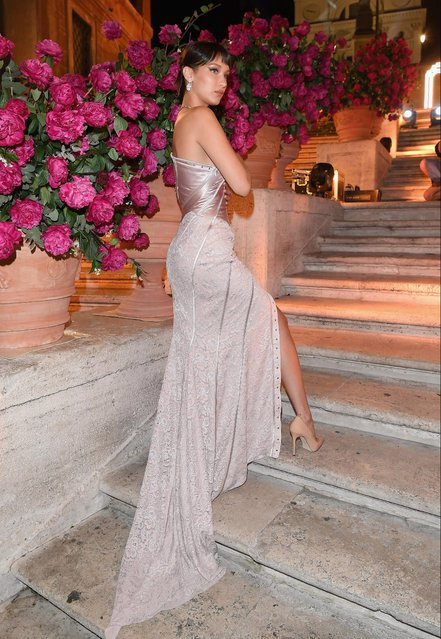 Bella Hadid attends Goldea The Roman Night Cocktail & Dinner on May 24, 2017 in Rome, Italy. (Photo by Venturelli/Getty Images)