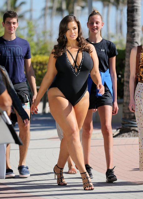 American Plus-size model Ashley Graham was modeling bikinis during a photoshoot at the beach in Miami Beach, USA on March 14, 2018. (Photo by The Mega Agency)