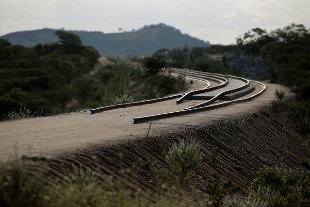 Partially constructed track, a part of the Transnordestina railway, is seen in Custodia, Pernambuco, Brazil January 26, 2014. (Photo by Ueslei Marcelino/Reuters)
