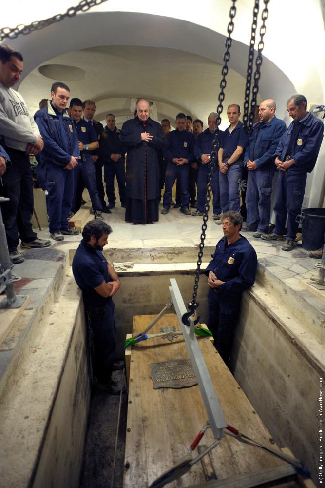 Pope John Paul II Coffin Exhumed Ahead Of Beatification Mass