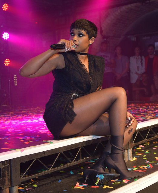 """During an advertising break in filming """"The Voice"""" TV show in London, UK on March 25, 2017 Jennifer Hudson entertained the audience by performing her new single. (Photo by Xposure Photos)"""