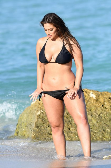 Ashley Graham was modeling bikinis during a photoshoot at the beach in Miami Beach, USA on March 14, 2018. (Photo by The Mega Agency)