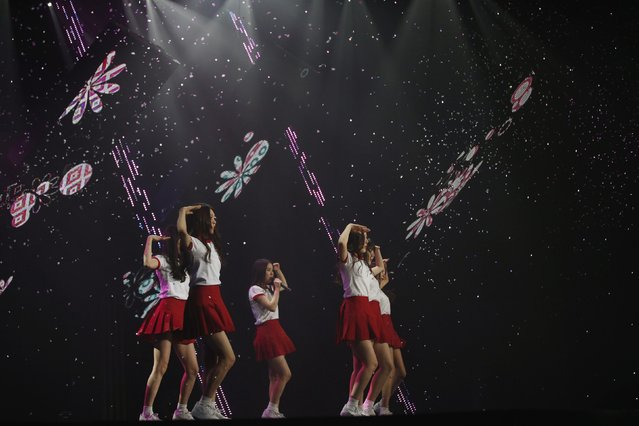 "Members of South Korean girl group GFriend perform during ""The Show"" in Seoul January 20, 2015. (Photo by Kim Hong-Ji/Reuters)"