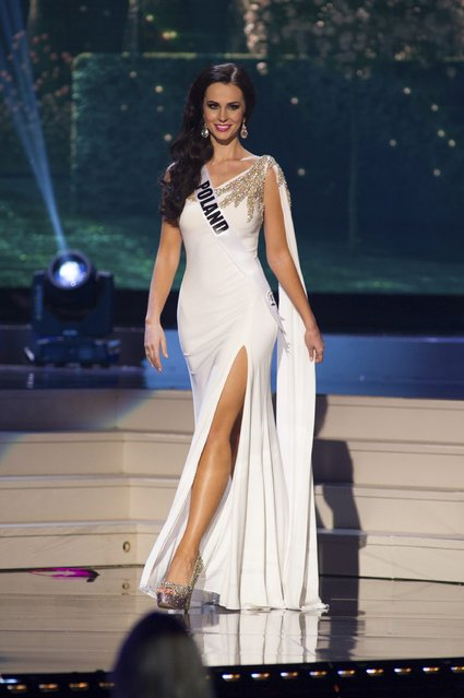 Marcela Chmielowska, Miss Poland 2014 competes on stage in her evening gown during the Miss Universe Preliminary Show in Miami, Florida in this January 21, 2015 handout photo. (Photo by Reuters/Miss Universe Organization)