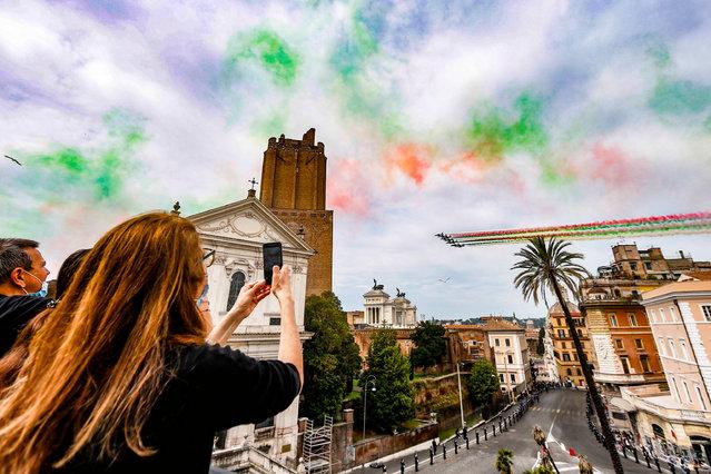 Frecce Tricolori acrobatic team flies over the celebrations of Republic Day, in Rome, Italy, 02 June 2021. The anniversary marks the proclamation of the Italian Republic in 1946. (Photo by Fabio Frustaci/EPA/EFE)