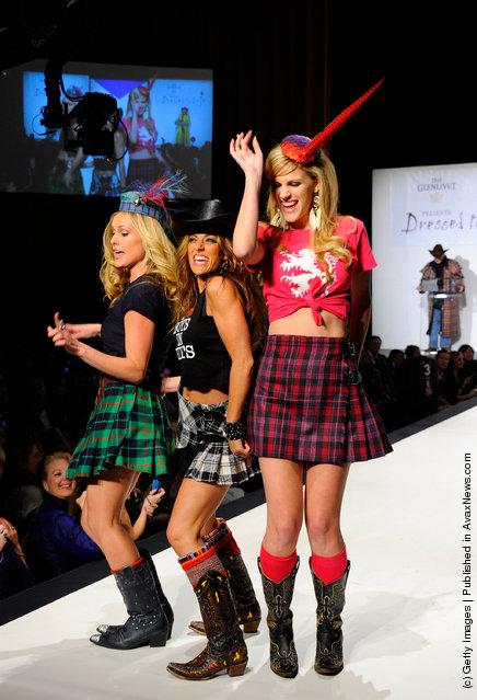 Caroline Cutbirth, Tayla Lynn and Jennifer Wayne