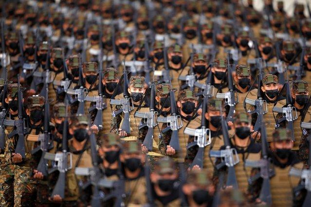 Salvadorean soldiers take part in a deployment ceremony for the Territorial Control plan in San Salvador, El Salvador on July 19, 2021. (Photo by Jose Cabezas/Reuters)