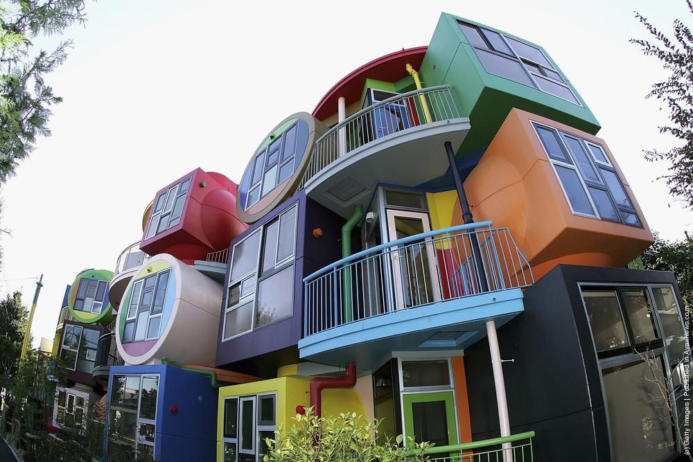 "Concept Design Home ""Reversible Destiny Lofts MITAKA: In Memory Of Helen Keller"" By Reversible Destiny Foundation"