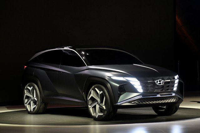 Hyundai introduces its Vision T concept car at the LA Auto Show in Los Angeles, California, U.S., November 20, 2019. (Photo by Andrew Cullen/Reuters)