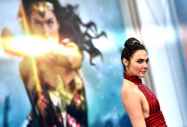 """Actress Gal Gadot arrives at the Premiere Of Warner Bros. Pictures' """"Wonder Woman"""" at the Pantages Theatre on May 25, 2017 in Hollywood, California. (Photo by Frazer Harrison/Getty Images)"""