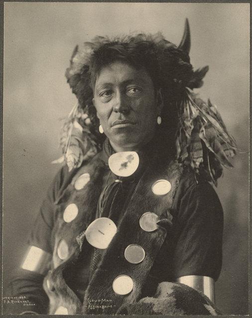 Cloud Man, Assinaboine, 1899. (Photo by Frank A. Rinehart)