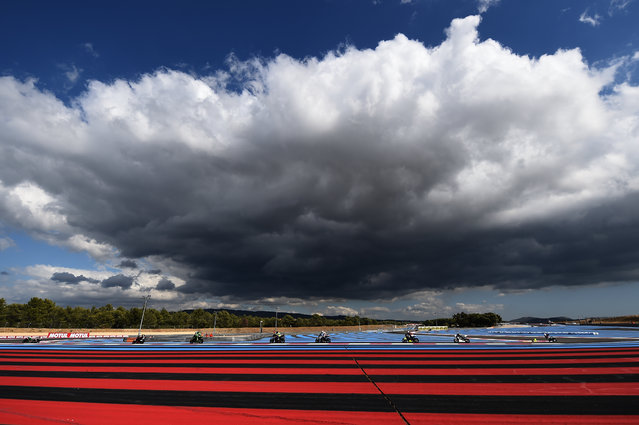 Bikers compete in a qualifying session of the 81st Bol d'Or 24-hour motorbike endurance race, on September 14, 2017, at the Paul Ricard racetrack in Le Castellet, southern France. (Photo by Boris Horvat/AFP Photo)