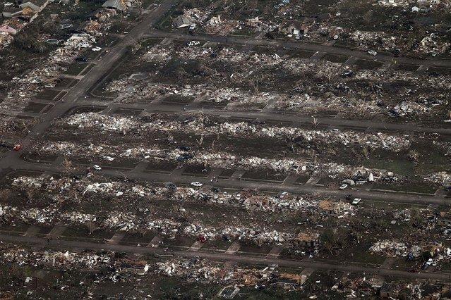 An entire neighborhood is flattened in Moore. (Photo by Steve Gooch/Associated Press)