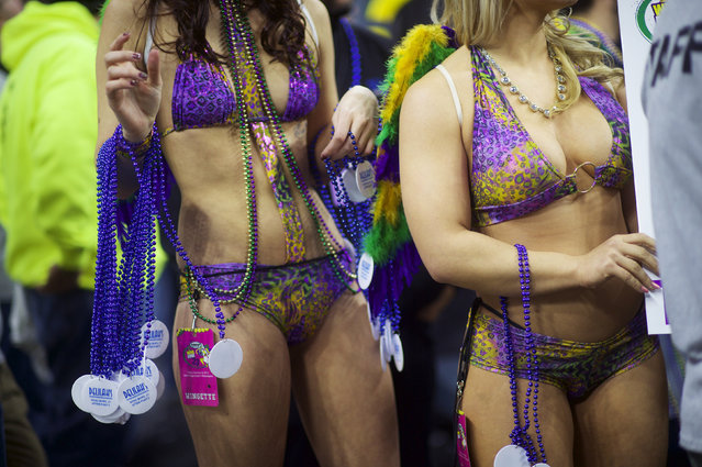 Supporters of participants at the 23rd annual Wing Bowl wait for their turn to parade at the Wells Fargo Center in Philadelphia, Pennsylvania January 30, 2015. (Photo by Mark Makela/Reuters)