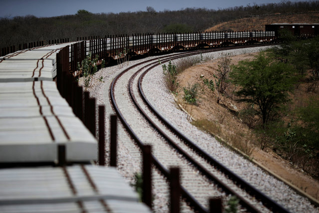 Train wagons are seen on along the Transnordestina railway track near the city of Salgueiro, Pernambuco state, Brazil, October 26, 2016. (Photo by Ueslei Marcelino/Reuters)