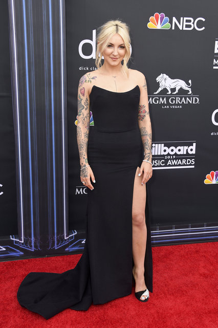 Julia Michaels attends the 2019 Billboard Music Awards at MGM Grand Garden Arena on May 01, 2019 in Las Vegas, Nevada. (Photo by Frazer Harrison/Getty Images)
