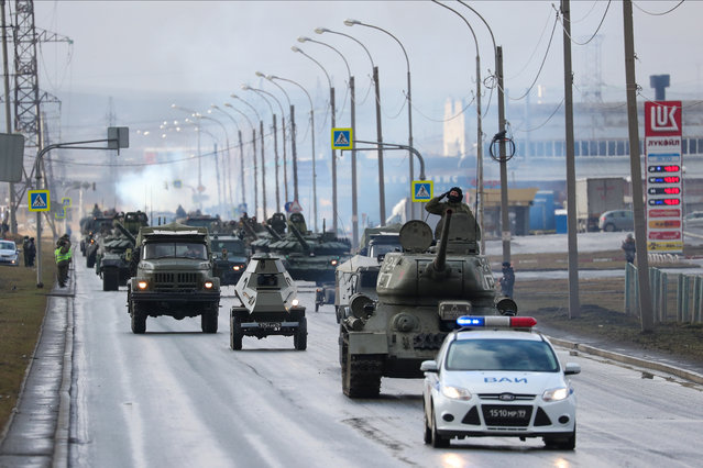 T-34 battle tanks (front) involved in a rehearsal of a military parade to be held on May 9 and mark the 75th anniversary of the victory in World War II in Yekaterinburg, Russia on April 14, 2020. (Photo by Donat Sorokin/TASS)