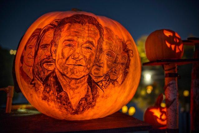 """Robin Williams"". (Photo by Frank C. Grace/Courtesy Jack-O-Lantern Spectacular)"