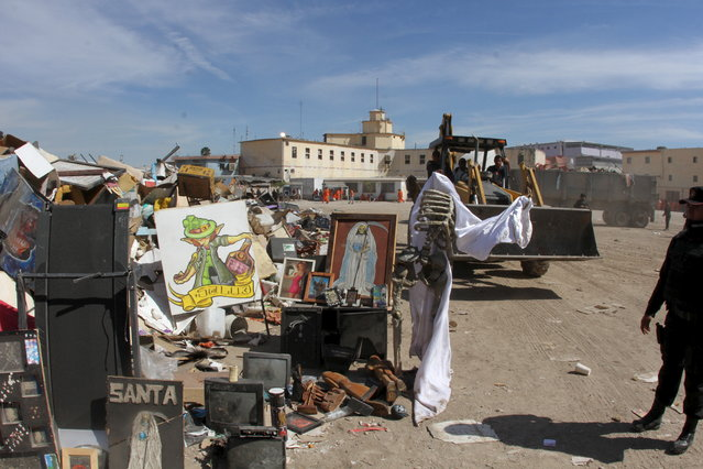 Television sets, images of the Saint of Death and other things are piled up in the patio after a riot at the Topo Chico prison in Monterrey, Mexico February 13, 2016. (Photo by Reuters/State Government of Nuevo Leon)
