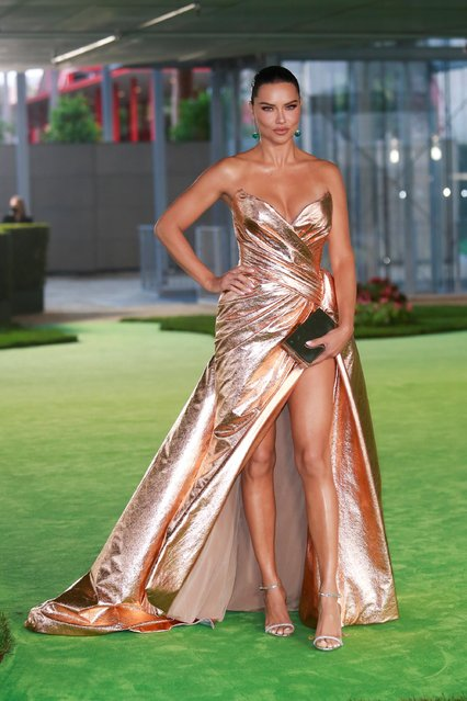 Brazilian model Adriana Lima attends the Academy Museum of Motion Pictures gala in Los Angeles, California, U.S., September 25, 2021. (Photo by Ringo Chiu/Reuters)
