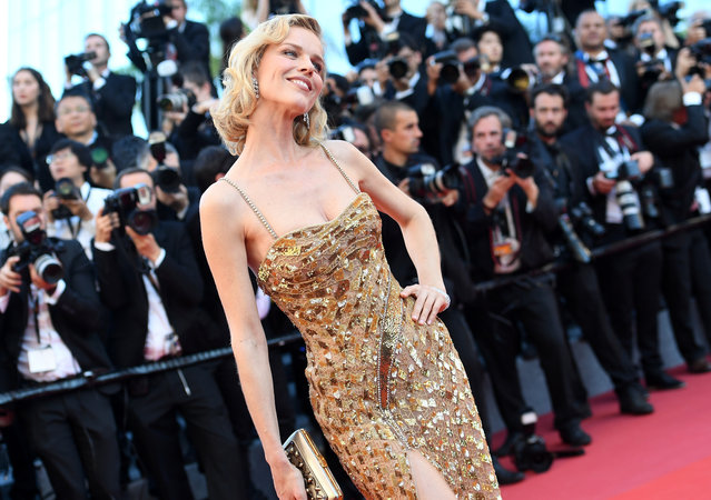 """Eva Herzigova attends the """"Ismael's Ghosts (Les Fantomes d'Ismael)"""" screening and Opening Gala during the 70th annual Cannes Film Festival at Palais des Festivals on May 17, 2017 in Cannes, France. (Photo by Pascal Le Segretain/Getty Images)"""