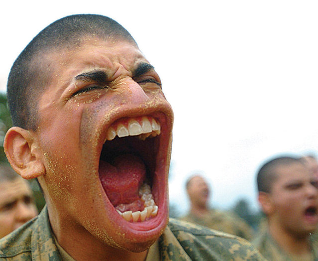 Platoon Yell! Some folks in the platoons are just a bit too overeager. (Photo by Sebastian Niedlich)