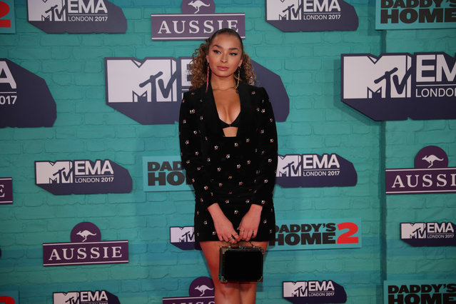British singer Ella Eyre arrives at the 2017 MTV Europe Music Awards at Wembley Arena in London, Britain, November 12, 2017. (Photo by Hannah McKay/Reuters)