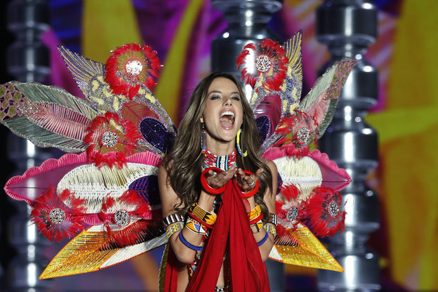 Model Alessandra Ambrosio wears a creation during the Victoria's Secret fashion show at the Mercedes-Benz Arena in Shanghai, China, Monday, November 20, 2017. (Photo by Andy Wong/AP Photo)