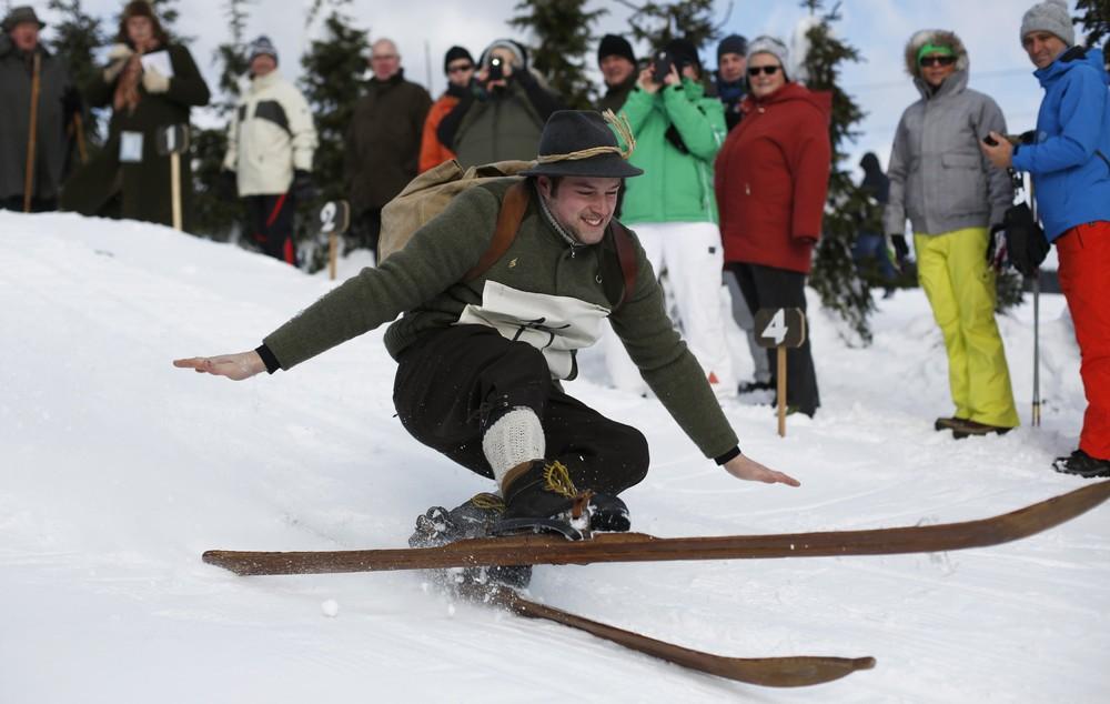 """""""Nostalgic Ski Race"""" in Germany"""