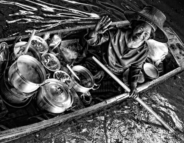 CGAP Photo Contest – Wave of Happiness, Thailand. A woman earns a living by selling porridge out of her floating market. (Photo by Roger Alfonso)