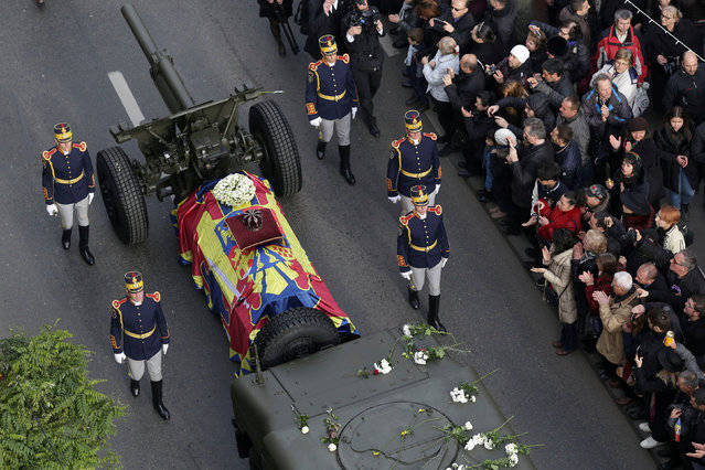 The coffin of late Romanian King Michael is carried during a funeral ceremony in Bucharest, Romania, December 16, 2017. (Photo by Octav Ganea/Reuters/Inquam Photos)