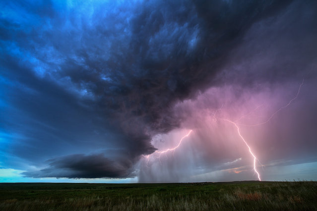 A beautiful supercell near Aurora on June 3, 2015 in Colorado, United States. (Photo by Mike Olbinski/Barcroft Media)