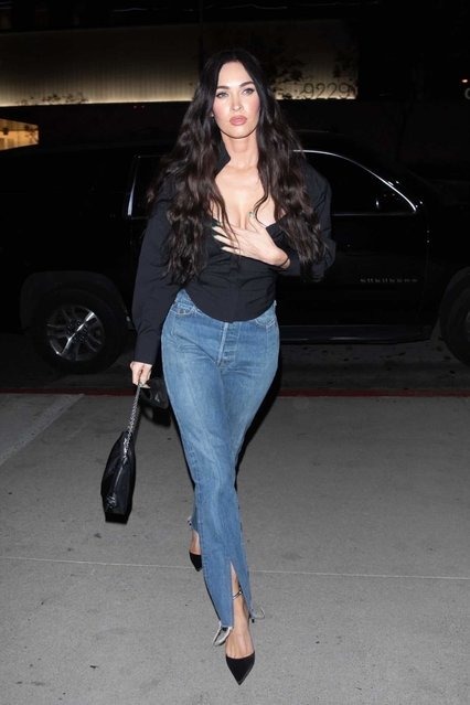 American actress and model Megan Fox makes her first appearance out solo since MGK was spotted with another girl. A somber-looking Megan bravely grabbed dinner, at the couple's go-to spot, BOA Steakhouse in West Hollywood on April 18, 2021. Although MGK and Megan have yet to deny or confirm these allegations there have been rumors of the couple possibly discussing marriage circulating in the media. (Photo by Backgrid USA)