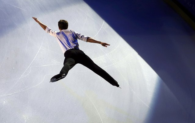 Maxime Kovtun of Russia performs during the gala exhibition at the ISU Bompard Trophy Figure Skating event in Bordeaux, southwestern France, November 23, 2014. (Photo by Regis Duvignau/Reuters)