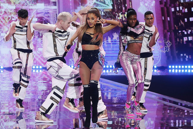 Singer Ariana Grande performs during the 2014 Victoria's Secret Fashion Show in London December 2, 2014. (Photo by Suzanne Plunkett/Reuters)