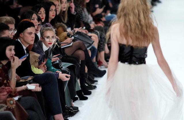A model presents a creation by Ukrainian designer Yuliya Polishchuk during Ukrainian Fashion Week in Kiev, Ukraine, October 12, 2016. (Photo by Gleb Garanich/Reuters)