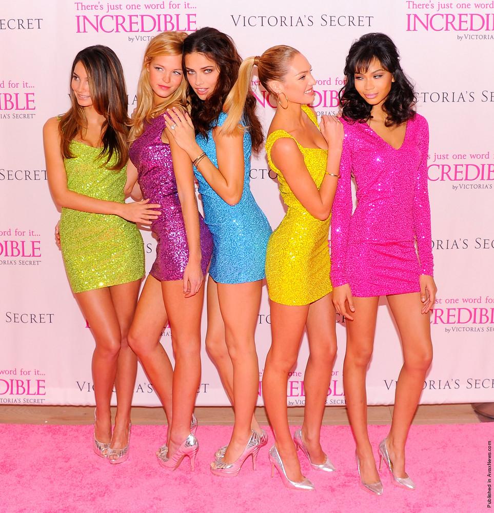 Victoria's Secret Angels Debut The New INCREDIBLE Bra