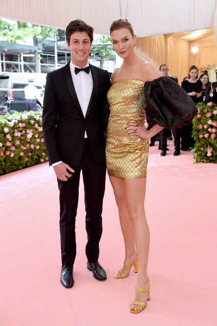 Joshua Kushner and Karlie Kloss attend The 2019 Met Gala Celebrating Camp: Notes on Fashion at Metropolitan Museum of Art on May 06, 2019 in New York City. (Photo by Jamie McCarthy/Getty Images)