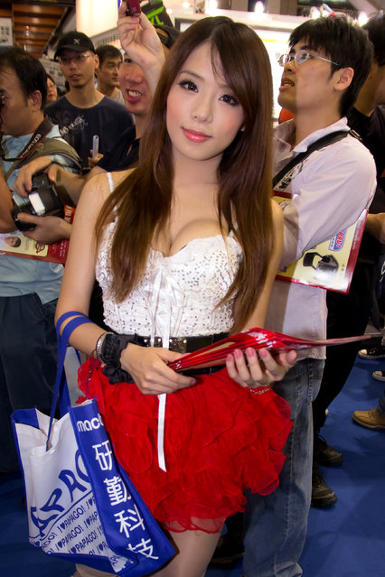 Asian Beauty: Hot Promotional Models in Taipei, Taiwan. Taipei Computer Applications Show 2011